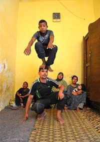 Hicham Benouhoud : Rétrospective